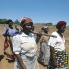 Women with hoes in Malawi