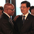 President Jacob Zuma of South Africa with President Hu Jintao of China